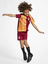 GALATASARAY Home Kids' Football Mini Kit 2019-2020 - $134.90