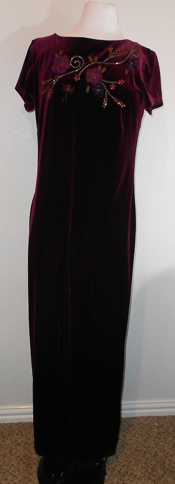 8eff3fcb9fc Carole Little Burgundy Velour Dress Beading 3D Floral Maxi Size 8 Key Hole  Back -  12.86