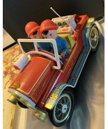 VINTAGE CHINA SHANGHAI OLD TIMER CAR FIRE ENGINE FIRE CHIEF TIN TOY ME-699 - $39.59