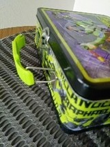 """Ninja Turtles  """"Turtle Trouble""""  We Are the Turtles of Justice Metal Lunch Box image 2"""