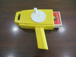 Fisher Price hand crank movie view finder working condition,Snow White c... - $36.45