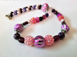 Geometric Pink Necklace, Beaded Purple Necklace, Faux Pearl Necklace, Ge... - $31.00