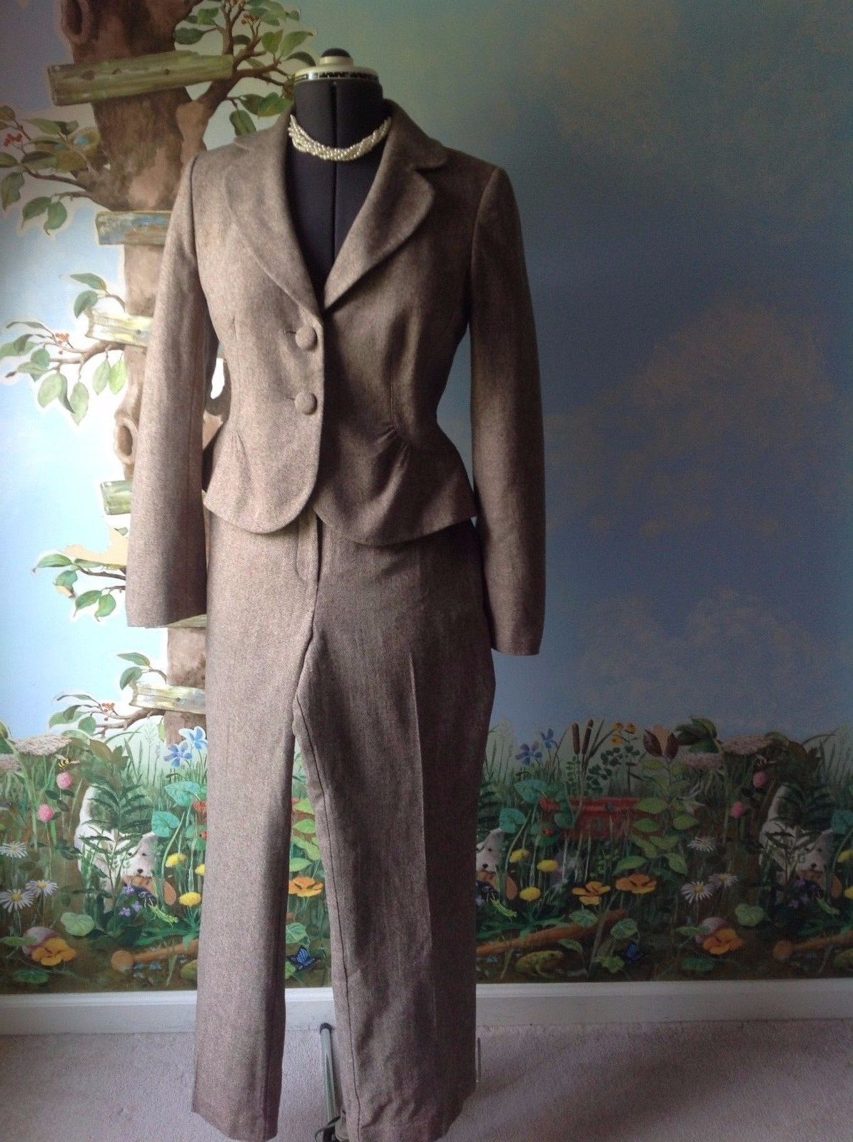 Ann Taylor Petite Brown Long Sleeve Fully Lined Pant Suit Size 6/12P  - $19.79