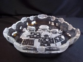 "Mikasa glass bowl Christmas Carolers frosted & clear hearts clouds on sides 8"" - $12.55"