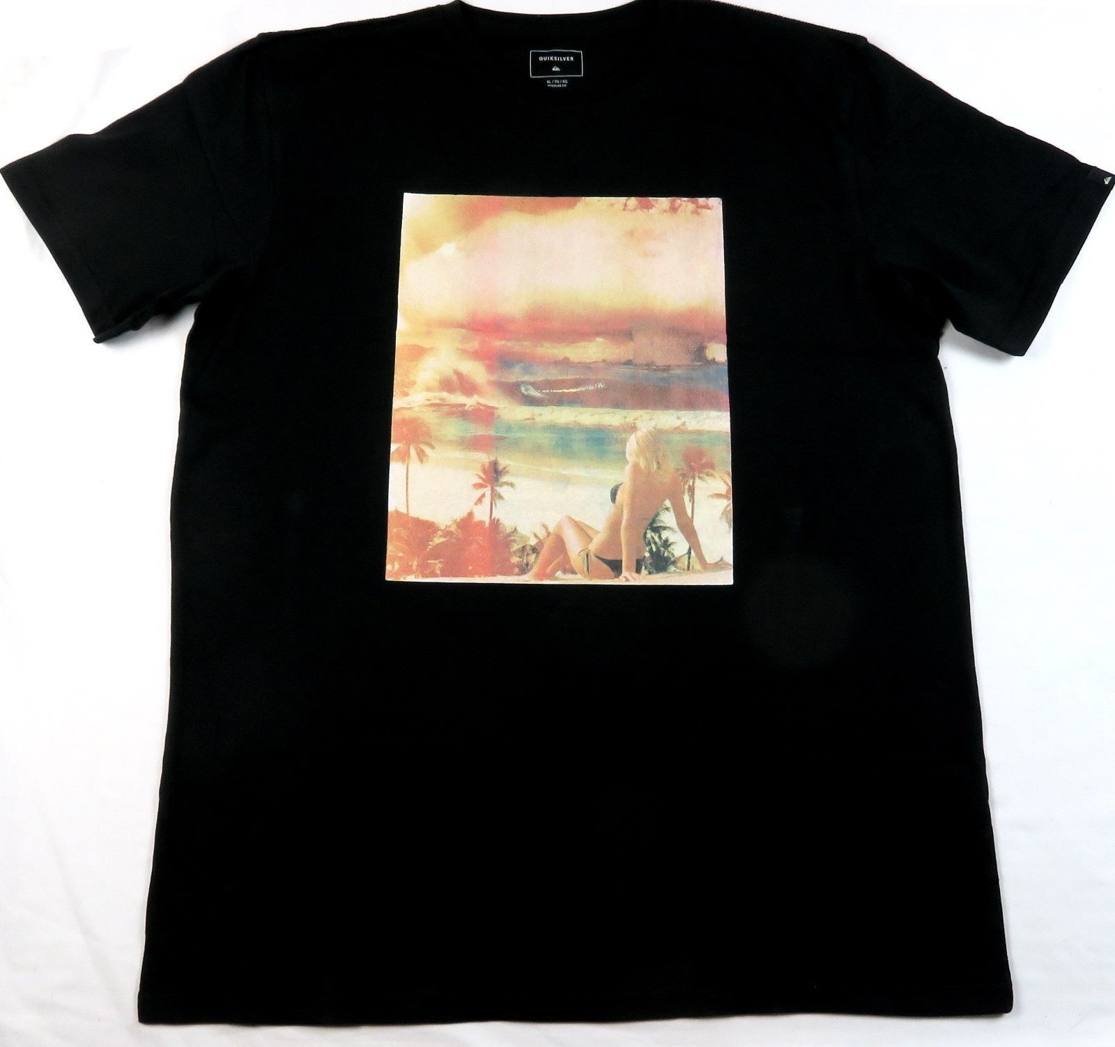 XL Quiksilver Men's Tee Shirt Surfing Beach Casual Black Photograph T-Shirt