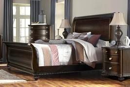 McFerran B195-Q Traditional Dark Walnut Wood Finish Queen Bedroom Set 3Pcs