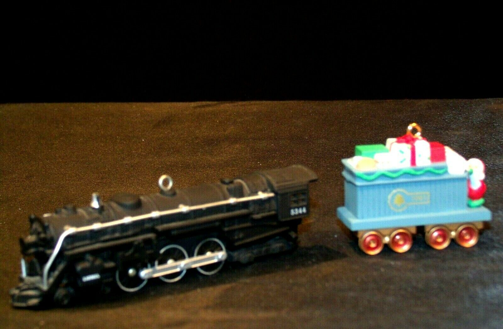 Hallmark Keepsake Christmas Ornaments Yuletide Central AA-191788 Collectible