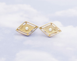 Vintage Geometric Gold-Tone Diamond Clip On Earrings By Sarah Coventry H1 - $19.99