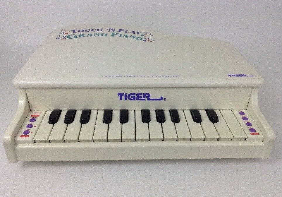 Touch 'N Play Grand Piano Recording System Tiger Electronics with Batteries