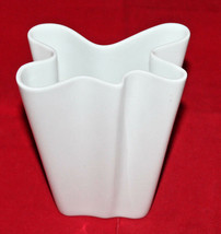 """Rosenthal Studio line Germany Flux Porcelain Vase White 14 cm 5.5"""" Tall ... - $62.28"""