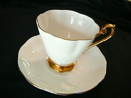 ROYAL STANDARD TEA CUP/SAUCER WHITE/GOLD BONE CHINA ENGLAND, VINTAGE, MINT - $20.56