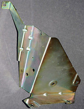 MOUNTING BRACKET FOR BMW 7 SERIES 740 741IL OEM 6 CD Changer - $9.50
