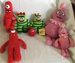 Lot of 7 Yo Gabba Gabba Plush DollsMuno Foofa Brobee Ty Beanies Spinmast... - $23.75