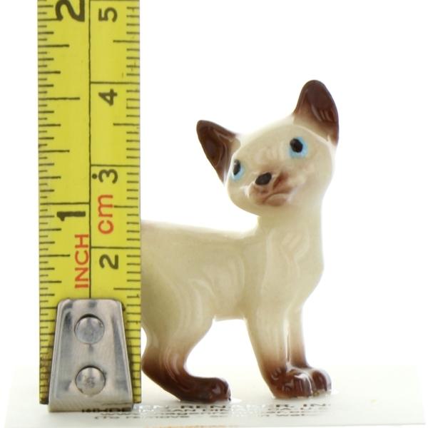 Hagen Renaker miniature Made in America Siamese Kitten Cat paw up Boxing