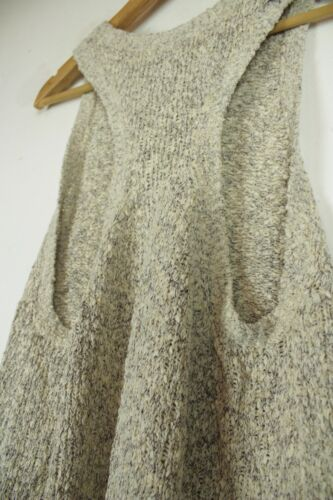 H&M beige & grey sleeveless jumper top Size M