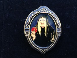 Disney Framed Old Hag Witch From Snow White, WDW, Pin # 71, Retired, Mint! - $18.04
