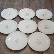 (8)STYLE HOUSE FINE CHINA REGAL MADE IN JAPAN large PLATES 10 1/2 DIAMETER - $26.96