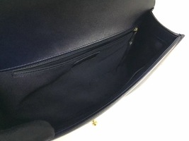 100% AUTHENTIC CHANEL NAVY BLUE QUILTED LEATHER NEW MEDIUM BOY FLAP BAG GHW image 7