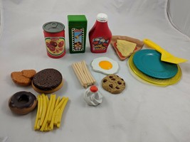 Fisher Price Fun With Food Spaghetti Pizza Plates Other Lot - $22.69