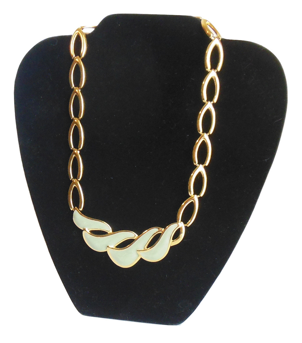 Vintage Napier Necklace Linked Gold Tone With Scooped Center Enamel Jade Green - $18.95