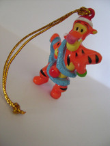 Disney Winnie the Pooh (Zaini, Italy) X-mass mini figures: Minifiguren: Tigger 2 - $3.00