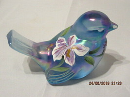 FENTON ART GLASS 1997-98 IRISES ON MISTY BLUE BIRD FIGURINE~D. BARBOUR - $55.00