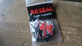 3 New Vintage Dart Flights Neu Versiegeln Teufel - $4.99