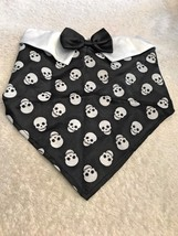 Dog Scarf Size M/L Black And White Skull Pattern Bowtie Collar Pet Puppy... - $7.48