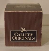 VINTAGE AVON GALLERY ORIGINALS CRYSTAL BELL ORNAMENT PORCELAIN SNOWFLAKE... - $12.82