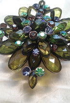 Vtg 1970's Green faceted navette glass & Rhinestone Lge Diagonal Flower ... - $17.68