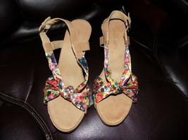 Aerosoles Plush Pillow Wedge Sandals Floral Print Size 9.5 M Women's NWOB - $35.20