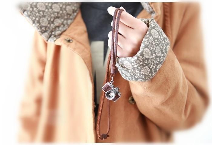 Men/women Necklace, Camera Pendant maxi necklace, Men choker,Genuine Leather...