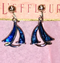 VTG 70s Blue Paua Abalone Shell Inlay Stylized Sailboats Dangle Clip On ... - $26.60