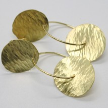 18K YELLOW GOLD FINELY WORKED AND HAMMERED PENDANT DOUBLE DISC & CIRCLE EARRINGS image 2