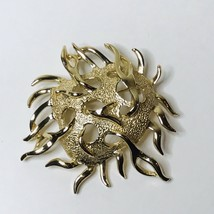 Sarah Coventry Sea Life Urchin Gold Plated Designer Brooch Pin Signed - $12.00