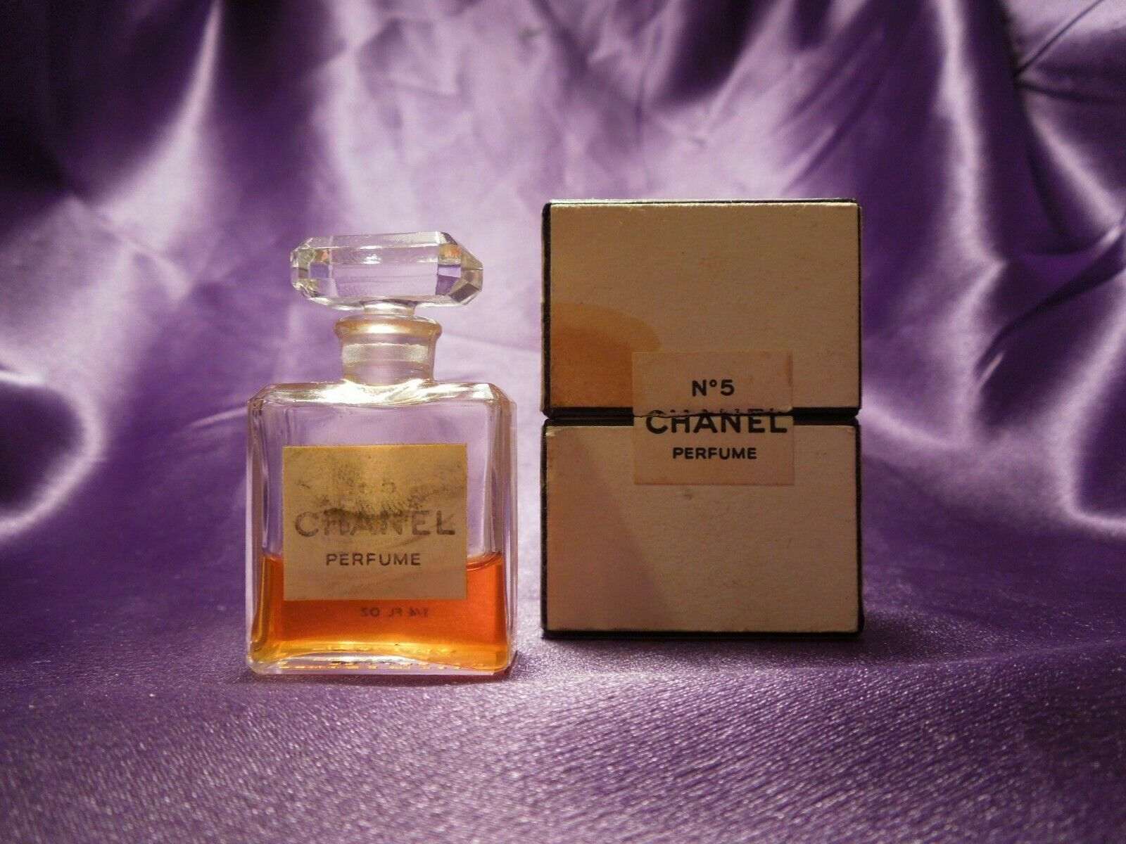 Vintage No. 5 Chanel Perfume 1/4 fl oz Bottle w/ Box Size 9