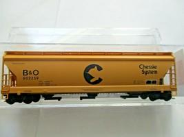 Micro-Trains # 09400660 Chessie/B&O 3-Bay Covered Hopper w/ Elongated Hatches (N image 1
