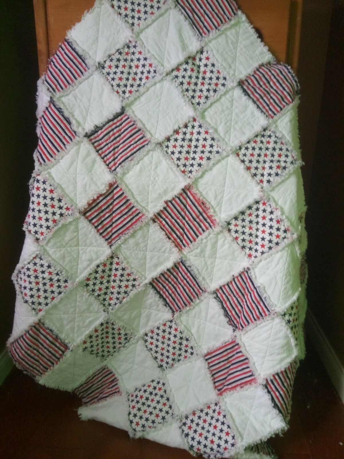 Rag Quilt, Stars and Stripes, Red/White/Blue 4' x 5'