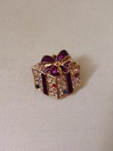 Vintage Purple Bow Crystal Rhinestone Gold Tone Christmas Present Fashion Brooch - $35.00