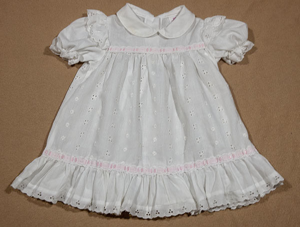 VINTAGE SEARS GIRLS 2T WHITE EYELET DRESS PINK RIBBON TRIM COTTON
