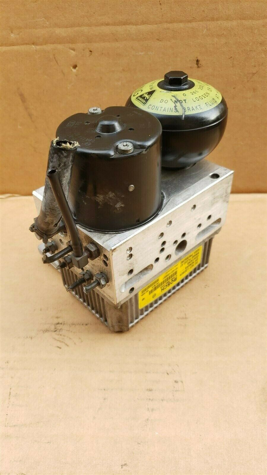 Mercedes W211 E320 E350 E-Class Brake ABS Pump Unit Module 008-431-38-12