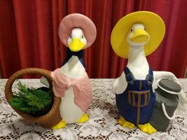 Vintage Geese Mr & Mrs Goose Statues Sittre Ceramic Geese Figurines - $29.51