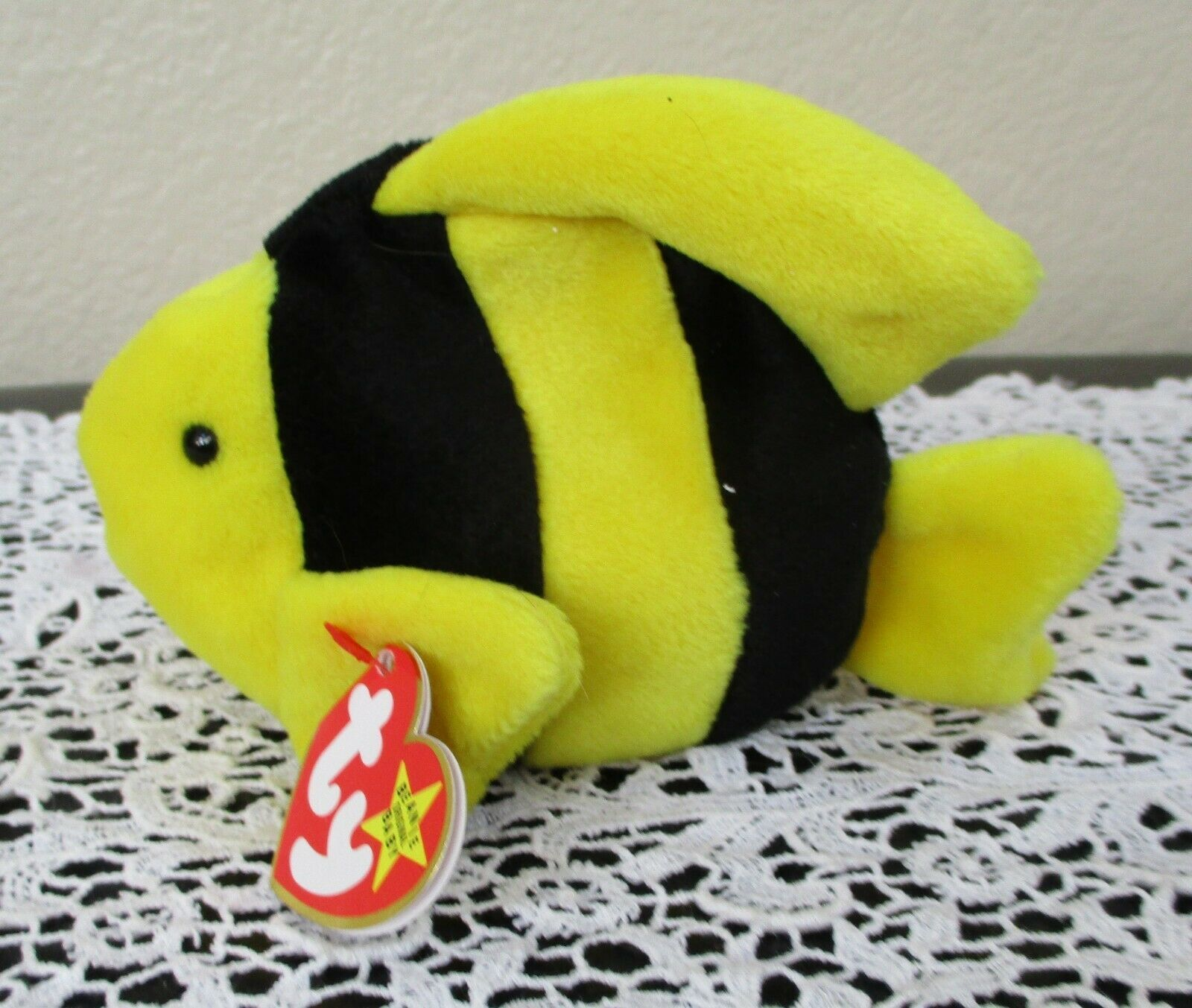 Primary image for Ty Beanie Baby Bubbles the Fish 4th Generation Hang Tag 3rd Generation Tush Tag