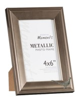 Walking Pheasant Pewter Emblem on PICTURE FRAME SILVER 6X4 Hang/Stand co... - $23.58