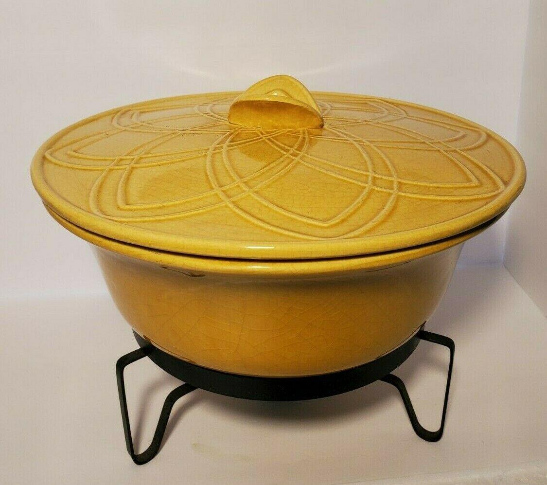 MCM California Pottery USA 679  71E Covered Casserole Dish Yellow w/Warming Base - $39.51