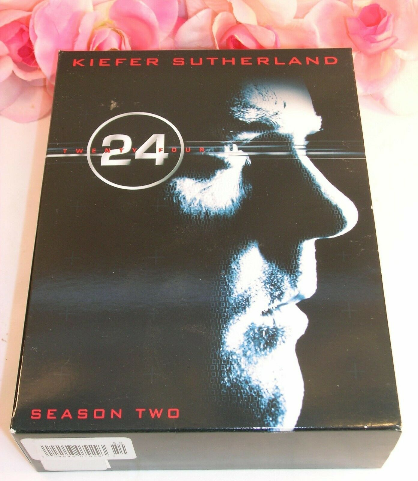 Primary image for 24 Kiefer Sutherland Complete Season Two (2) TV Series Gently Used DVD's 6 Discs