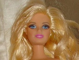 Nude Barbie doll blond blue eyes straight legs rose pink lips bent left ... - $15.99