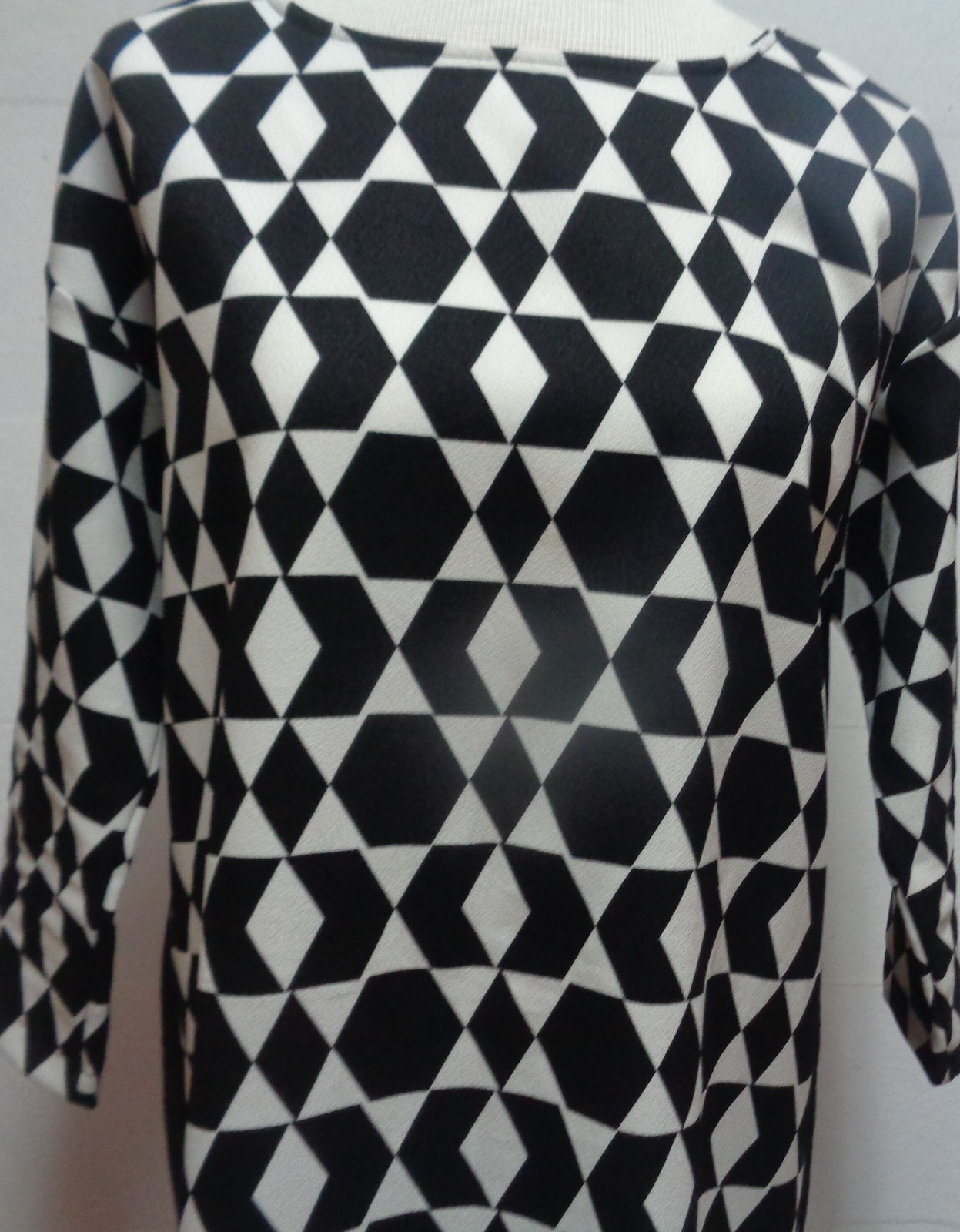 Women's Black & White Geometric Shirt Dress NWOT SZ Small Free Shipping