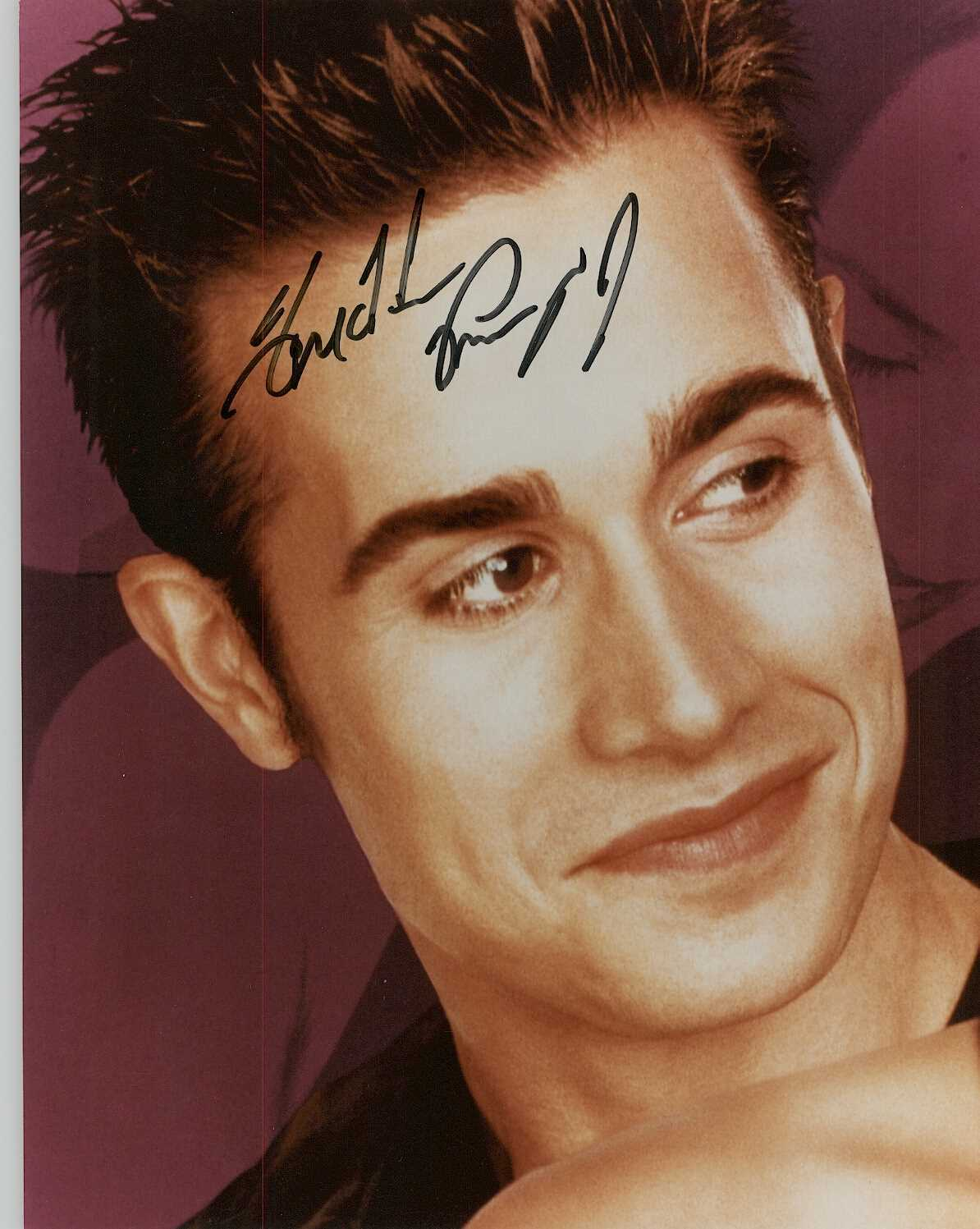 Primary image for Freddie Prinze Jr. Signed Autographed Glossy 8x10 Photo