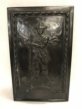 VINTAGE wall hanging New Hampshire 1782 soldier Cast England - $28.71